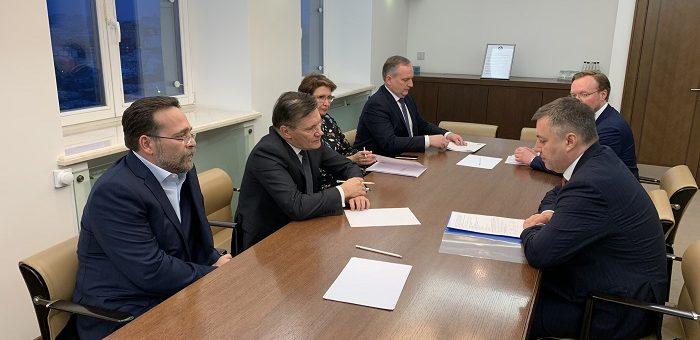 Состоялась рабочая встреча главы Росатома Алексея Лихачева и и.о. губернатора Иркутской области Игоря Кобзева